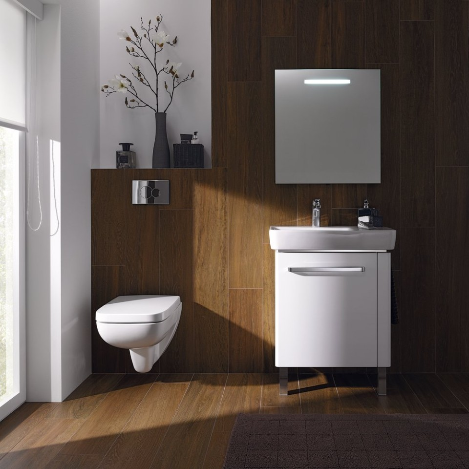 Salle de bains Geberit Renova Plan avec WC, bidet, lavabo et meubles de salle de bains